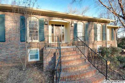 Huntsville Single Family Home For Sale: 2708 Fanelle Circle