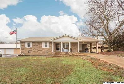 Albertville Single Family Home For Sale: 230 Bonds Chapel Road