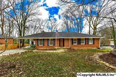 Huntsville Single Family Home For Sale: 2600 Scenic Drive