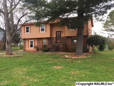 Madison County, Limestone County Single Family Home For Sale: 4056 Knollbrook Drive