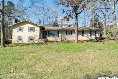 Scottsboro Single Family Home For Sale: 1611 Winn Road