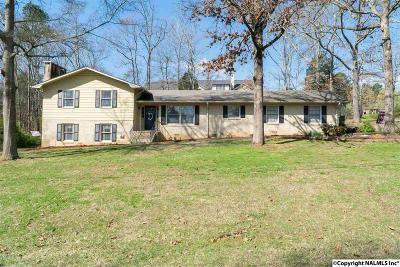 Scottsboro Single Family Home For Sale: 1611 Winn Road