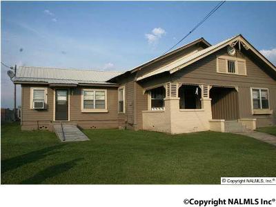 Albertville Single Family Home Contingent: 304 Baltimore Avenue