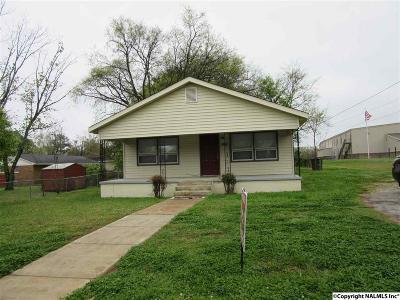 Madison County, Limestone County Single Family Home For Sale: 3201 Holmes Avenue