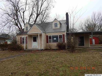 Scottsboro Single Family Home For Sale: 307 W Charlotte Avenue