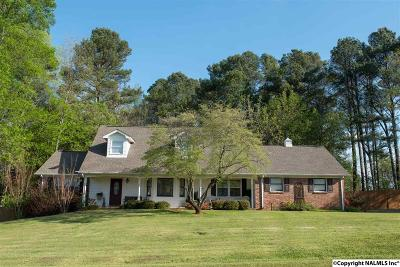 Madison County, Limestone County Single Family Home For Sale: 18537 Sulphur Creek Drive