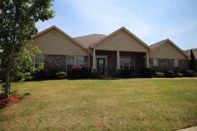 Madison Single Family Home For Sale: 127 Harbor Glen Drive
