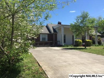 Decatur Single Family Home For Sale: 812 14th Avenue