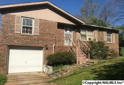 Huntsville AL Single Family Home For Sale: $53,550