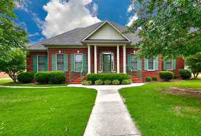 Single Family Home For Sale: 309 Broadway Lane