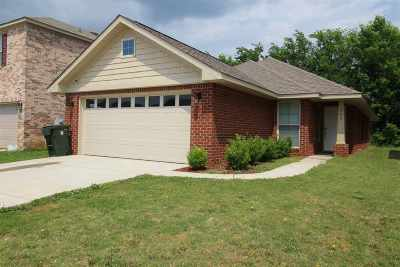 Meridianville Single Family Home For Sale: 205 Bermuda Lakes Drive