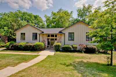 Huntsville Single Family Home For Sale: 1304 Hiwan Trail