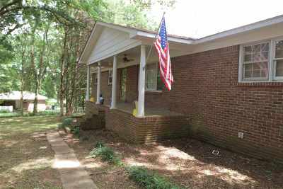 Brownsboro Single Family Home For Sale: 484 Morring Road