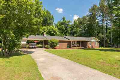 Single Family Home For Sale: 285 Starr Road