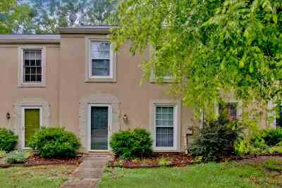 Townhouse For Sale: 2833 Wynterhall Road