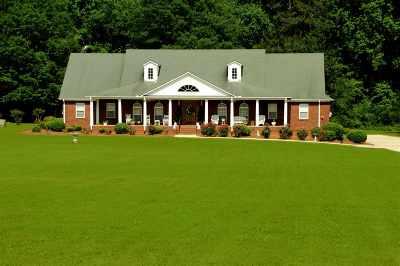 Scottsboro Single Family Home For Sale: 1211 Byron Road