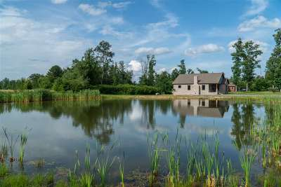 Marshall County, Jackson County Single Family Home For Sale: 45 County Road 425