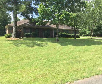 Toney Single Family Home For Sale: 104 Doe Crossing Lane