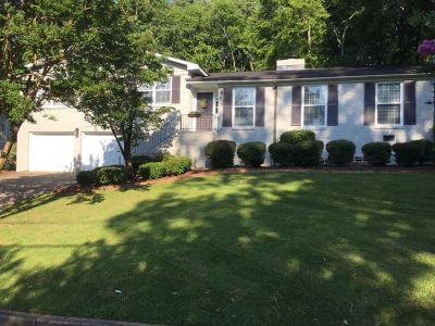 Single Family Home For Sale: 2904 Gallalee Road
