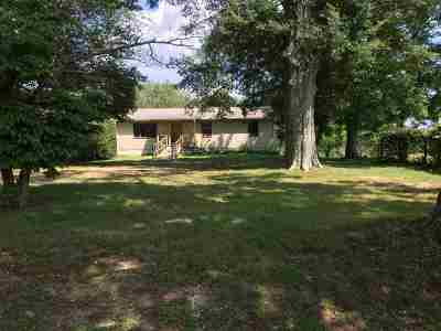 Dekalb County Single Family Home For Sale: 1418 Hilltop Road