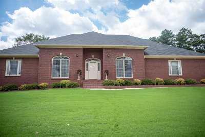 Huntsville Single Family Home For Sale: 130 Windingham Drive