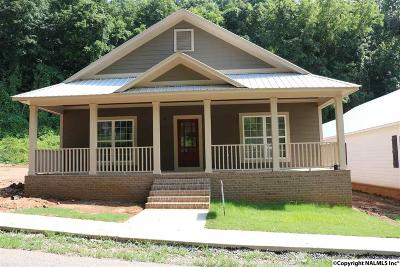 Marshall County, Jackson County Single Family Home For Sale: 1531 Patterson Street
