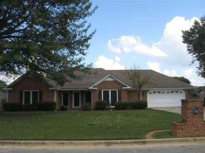 Decatur Single Family Home For Sale: 2304 SW Chesley Avenue