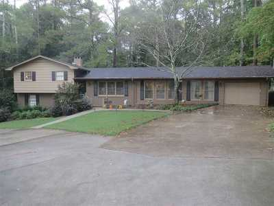 Scottsboro Single Family Home For Sale: 819 Dayton Drive