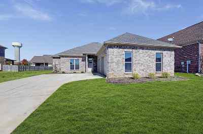 Madison Single Family Home For Sale: 25891 Fieldstone Drive