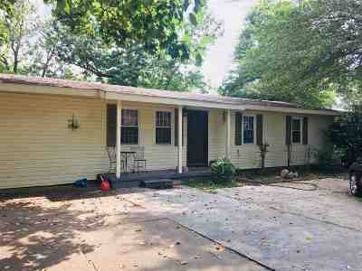 Decatur Single Family Home For Sale: 108 Betty Street