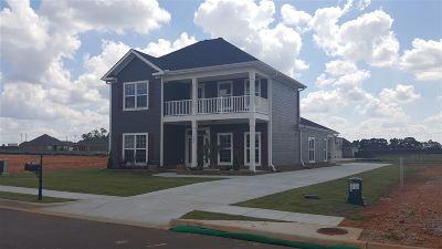 Madison Single Family Home For Sale: 125 Cragen Lane