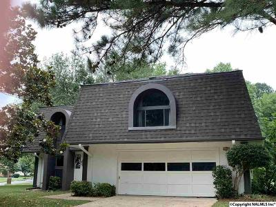 Huntsville Single Family Home For Sale: 2101 SE Aftonbrae Drive