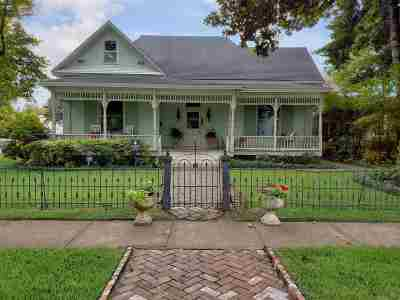 Single Family Home For Sale: 601 Line Street