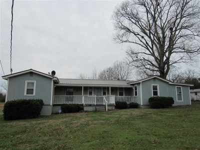 Albertville Single Family Home Contingent: 552 Dixon Road