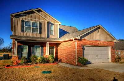 Harvest Single Family Home For Sale: 215 Waxmyrtle Drive