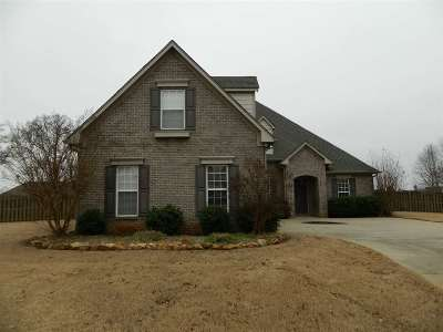 Huntsville, Madison, Athens, Decatur, New Market, Hazel Green, Priceville Single Family Home For Sale: 1 Crimson Cloud Blvd