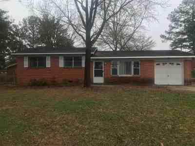 Huntsville, Madison, Athens, Decatur, New Market, Hazel Green, Priceville Single Family Home For Sale: 4801 Doyce Lane