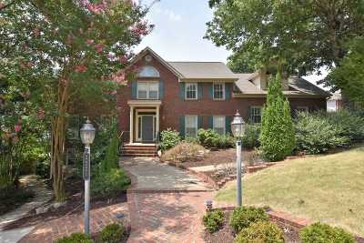 Single Family Home For Sale: 2221 Governors Bend Road