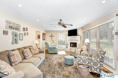 Huntsville Single Family Home For Sale: 3310 Whitesburg Drive