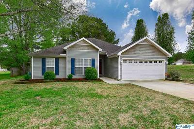 Huntsville Single Family Home Contingent: 108 Ann Bradley Drive