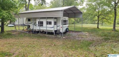 Mobile Home For Sale: County Road 137