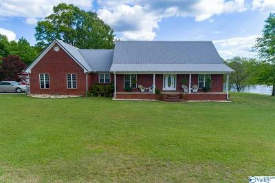 Town Creek AL Single Family Home For Sale: $475,000