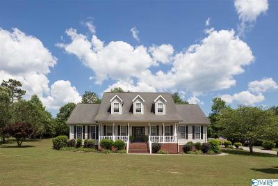 Trenton Single Family Home For Sale: 60 Valley Glen Drive