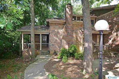 Arab, Huntsville Condo For Sale: 3005 Live Oak Lane