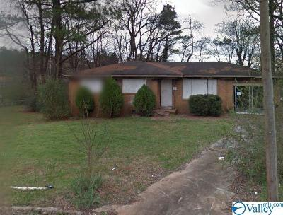 Huntsville Single Family Home For Sale: 4801 Aubrey Circle