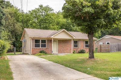 Huntsville Single Family Home For Sale: 3258 Uvalde Lane