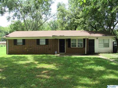Hazel Green Single Family Home Contingent: 148 Dixon Road