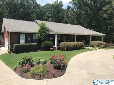 Scottsboro Single Family Home For Sale: 185 Bella Vista Drive