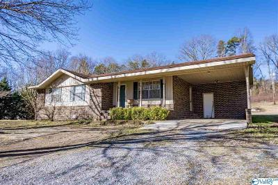 Henagar Single Family Home For Sale: 13425 State Highway 117