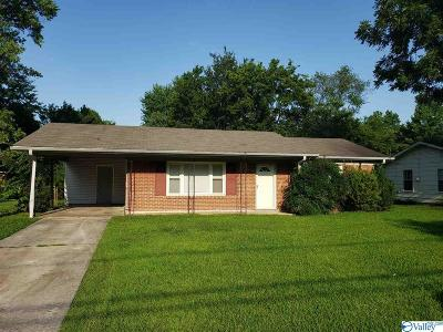 Huntsville Single Family Home For Sale: 4404 Gazette Drive